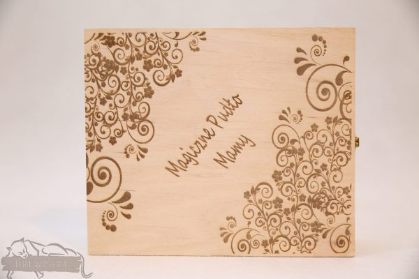 Drewniane pudełko na koperty ślubne małe-grawer 9