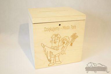 Drewniane pudełko na koperty ślubne małe-grawer