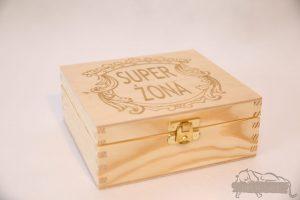 Pudełko na prezent z drewna