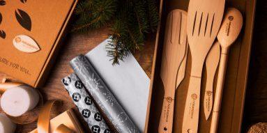 Drewniane gadżety reklamowe z logo – jakie korzyści niosą dla Twojej firmy?